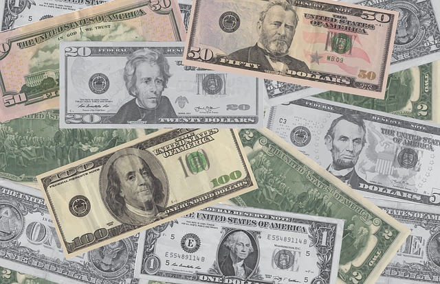 bankovkový papír