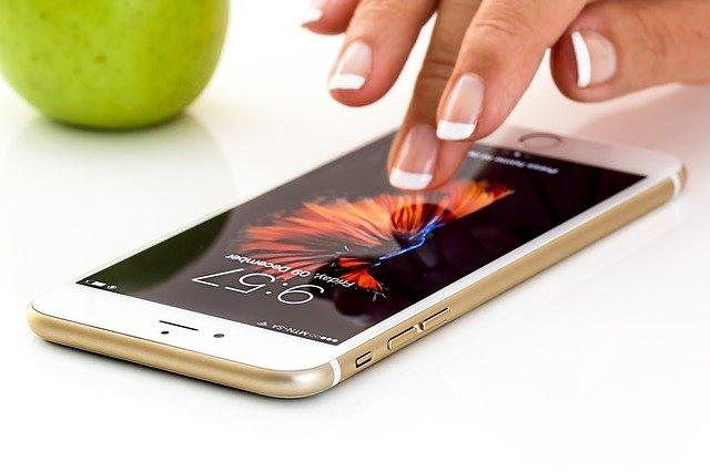 telefon a jablko
