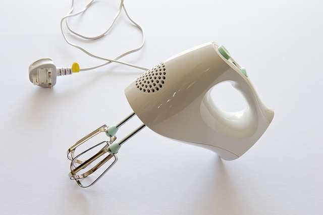 elektrický šlehač