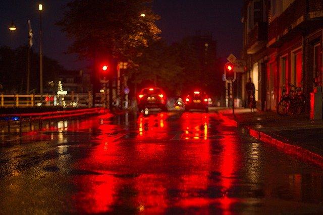deštivá noc