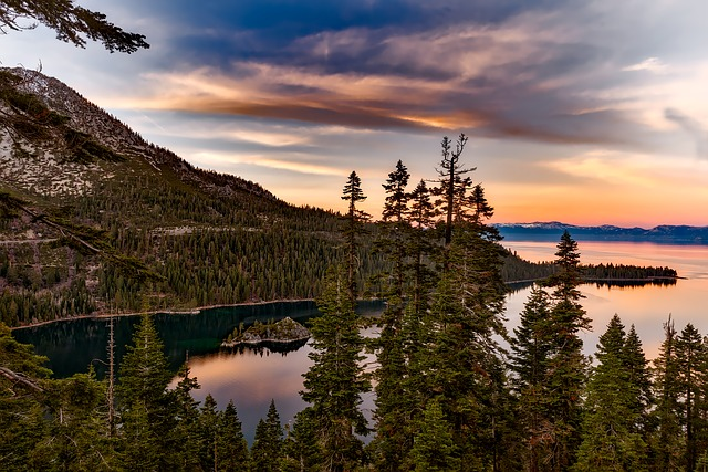 jezero tahoe.jpg