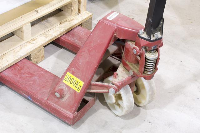 paleta na vozíku